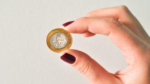 custo-300x169 Visto Americano  Vale a pena pagar por assessoria para visto americano?