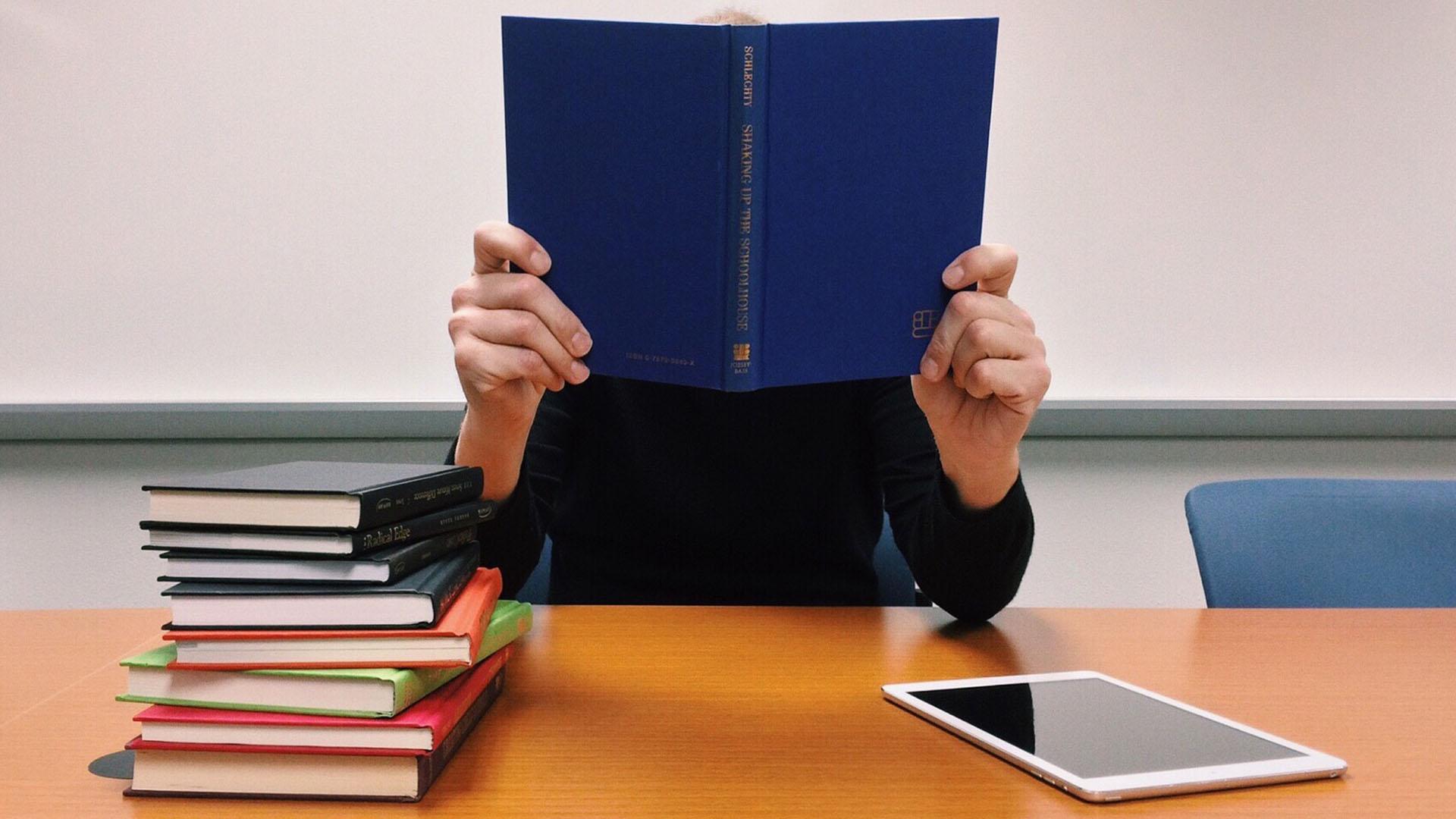 Estudar nos Estados Unidos é o sonho de muitos estudantes e para realizar esse sonho é necessário um visto apropriado para essa função.