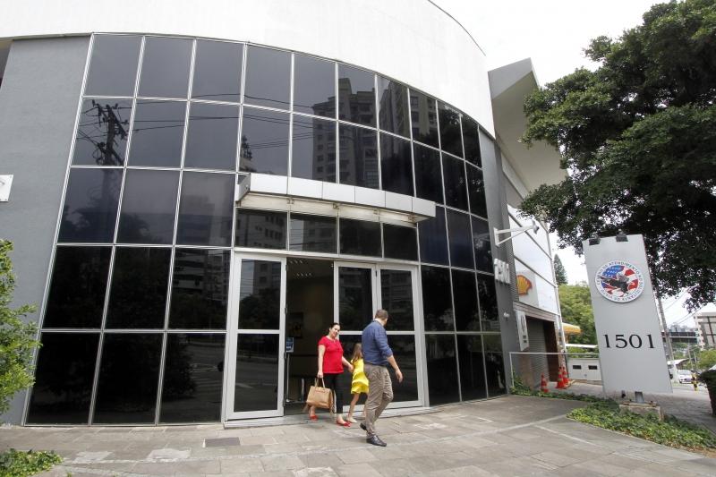 casv-porto-alegre-endereco Visto Americano  Consulado Americano em Porto Alegre abre até junho 2017