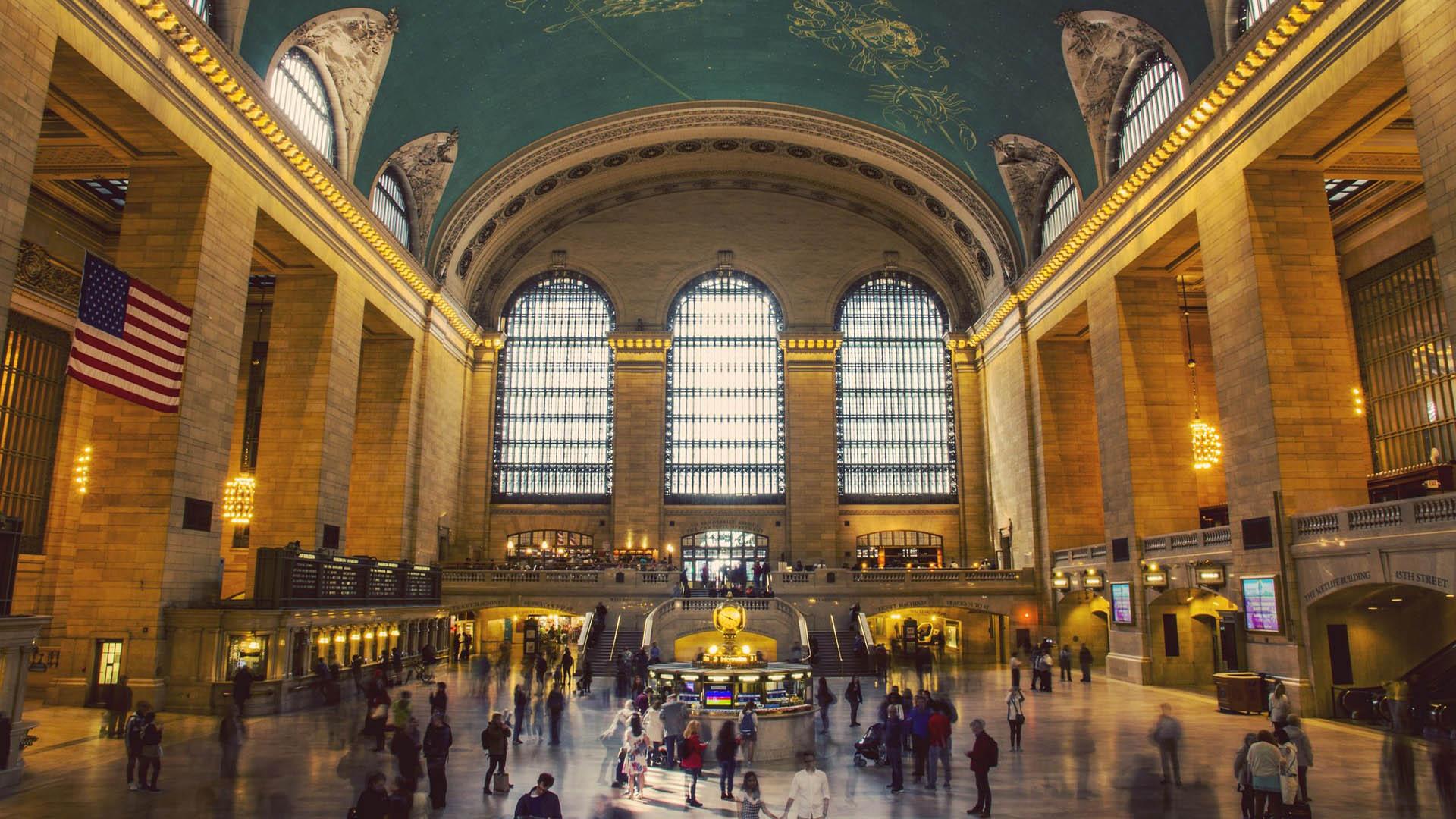 Visto de turista americano é para pessoas que desejam realmente usufruir dos atrativos dos Estados Unidos como turista.