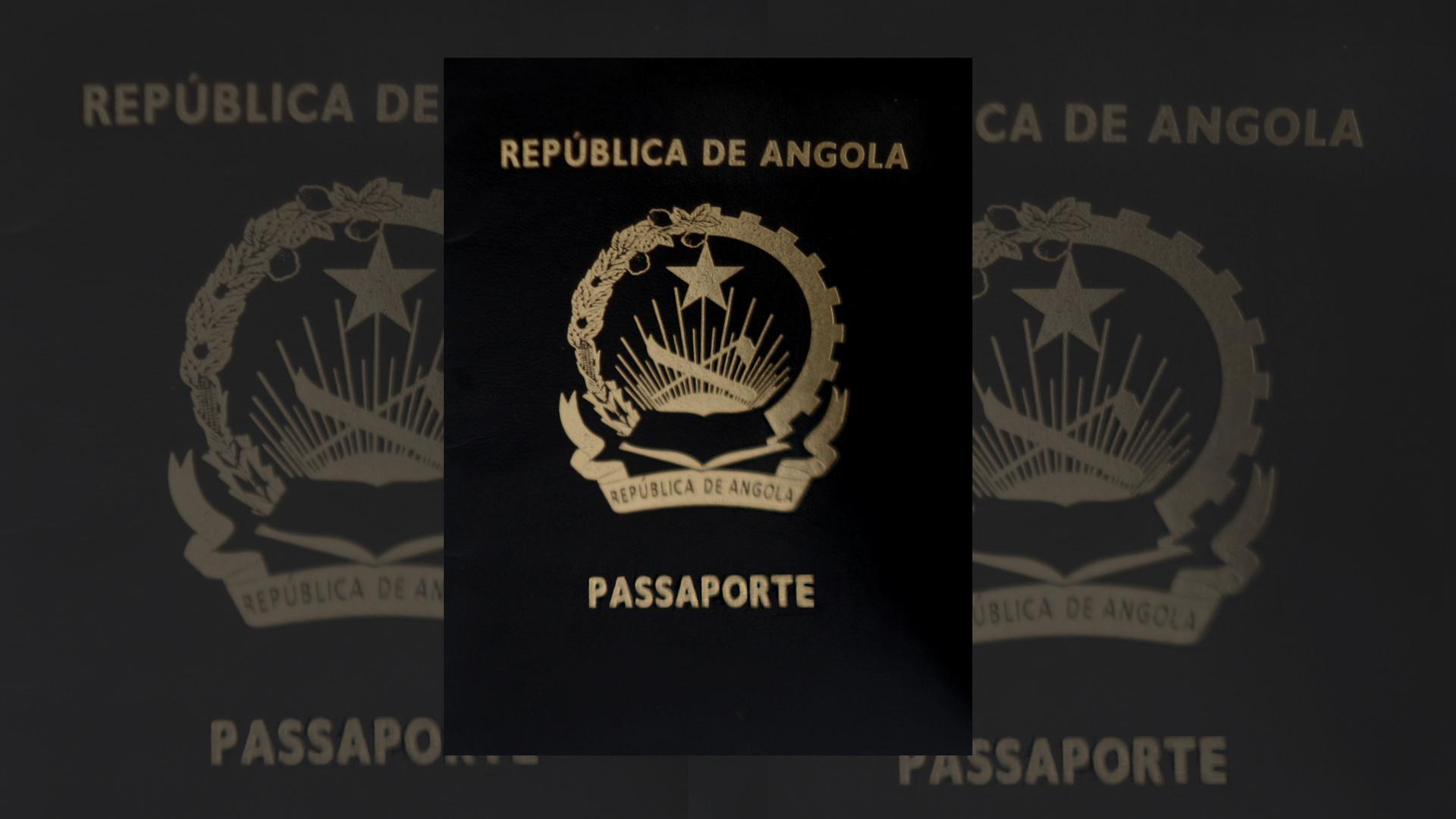 Passaporte preto são os mais raros, mas não menos imponente e representativo.