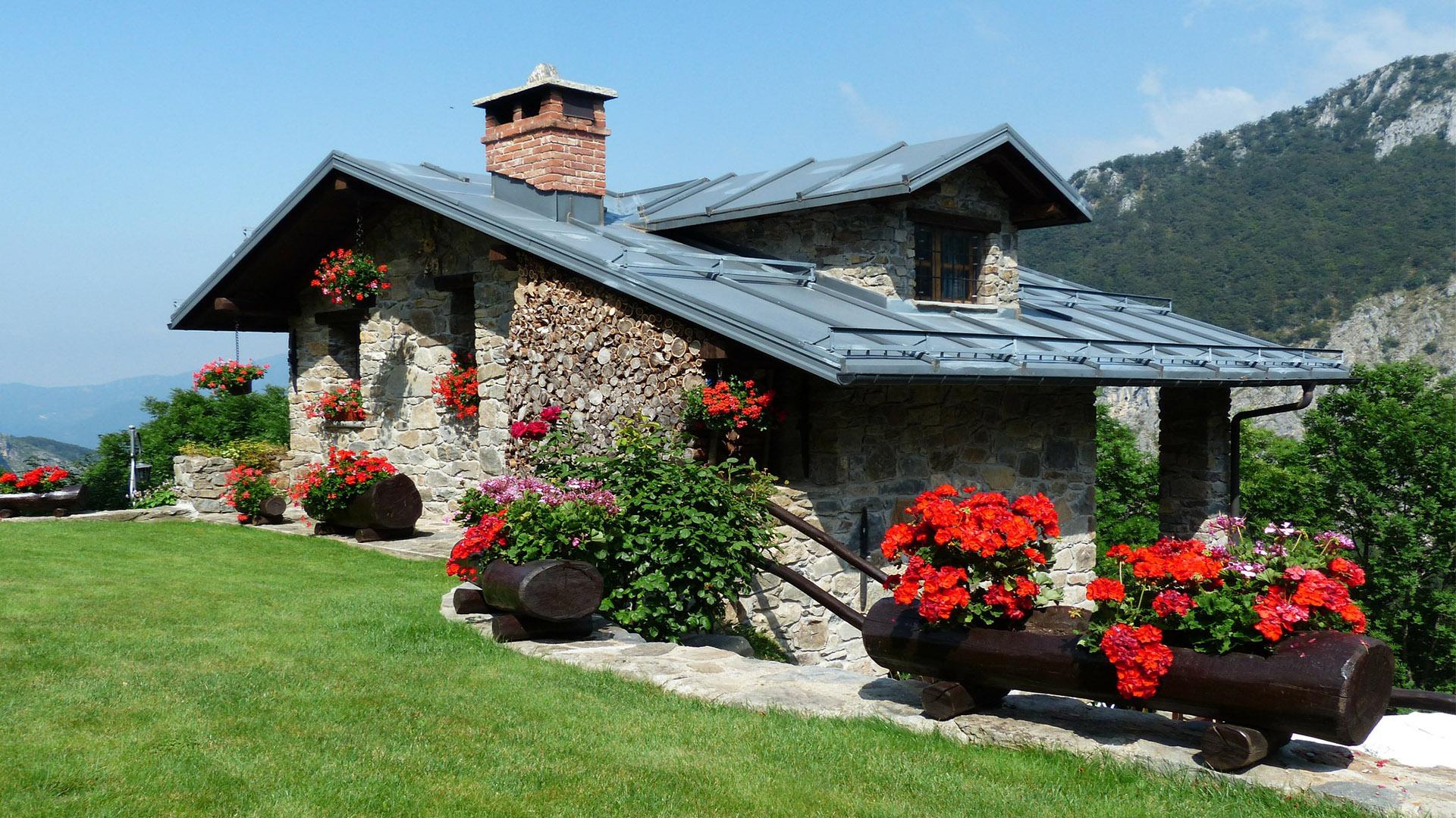O aluguel de casa surge como uma excelente opção para que deseja organizar uma viagem para a família com baixo orçamento.