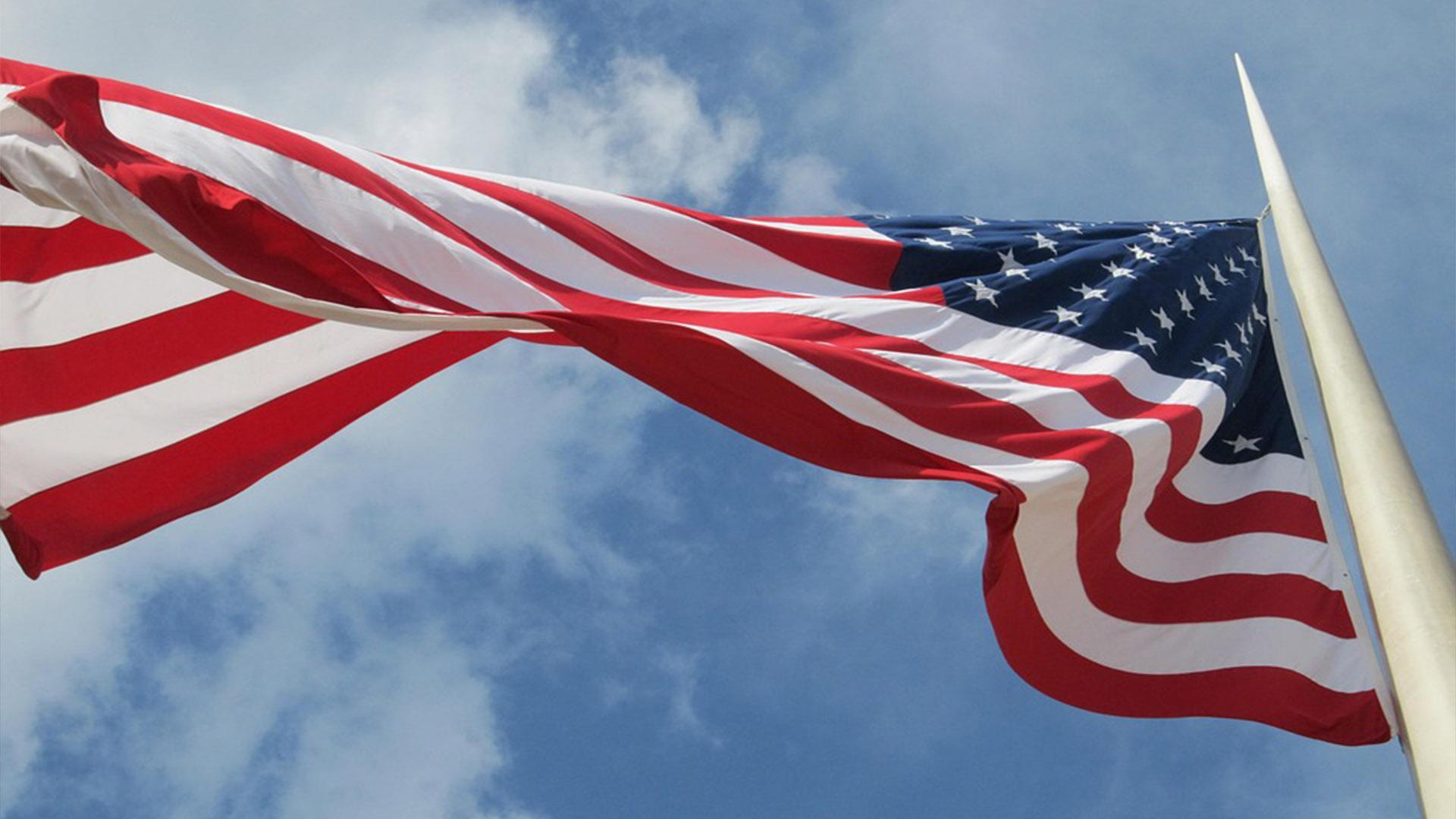 O Consulado americano é um pedaço dos Estados Unidos no Brasil e lá segue as regras impostas pelo governo americano.