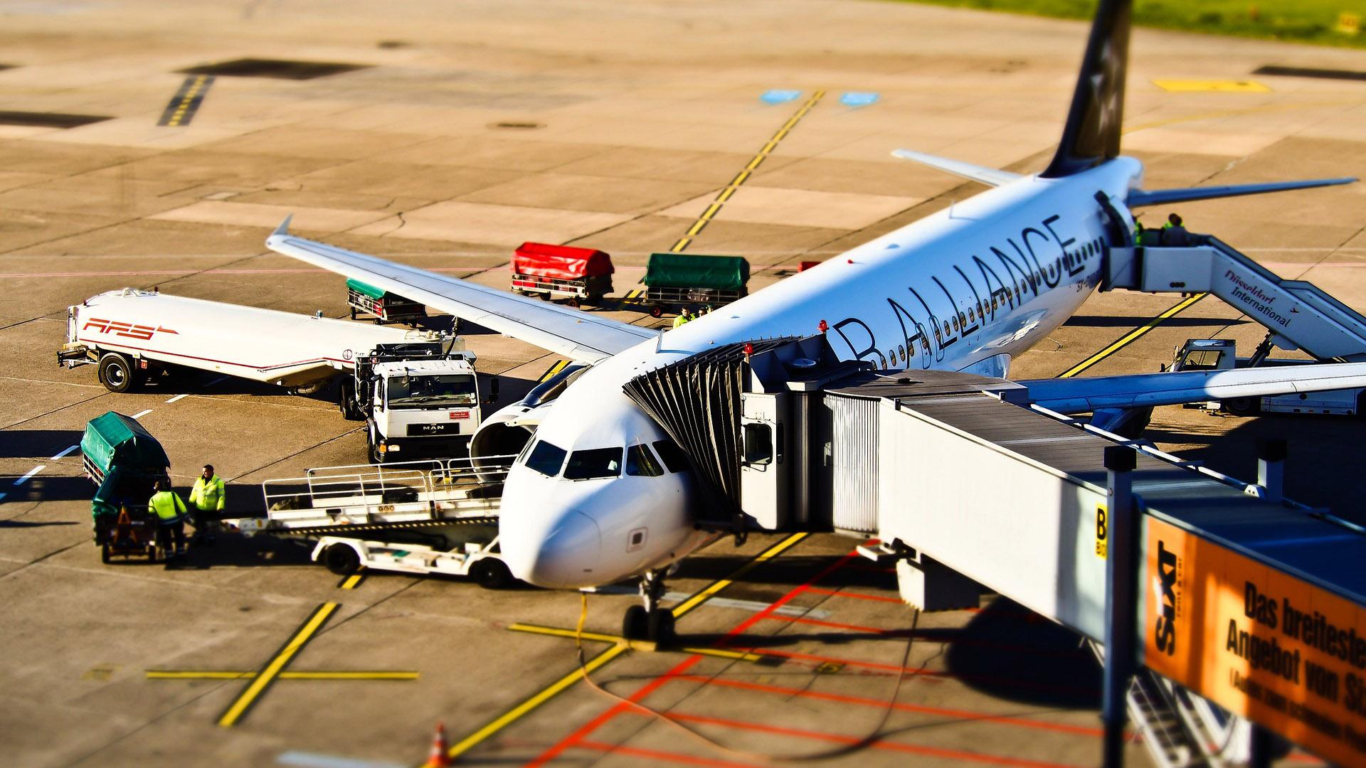rotina-de-um-avião  Visto Americano