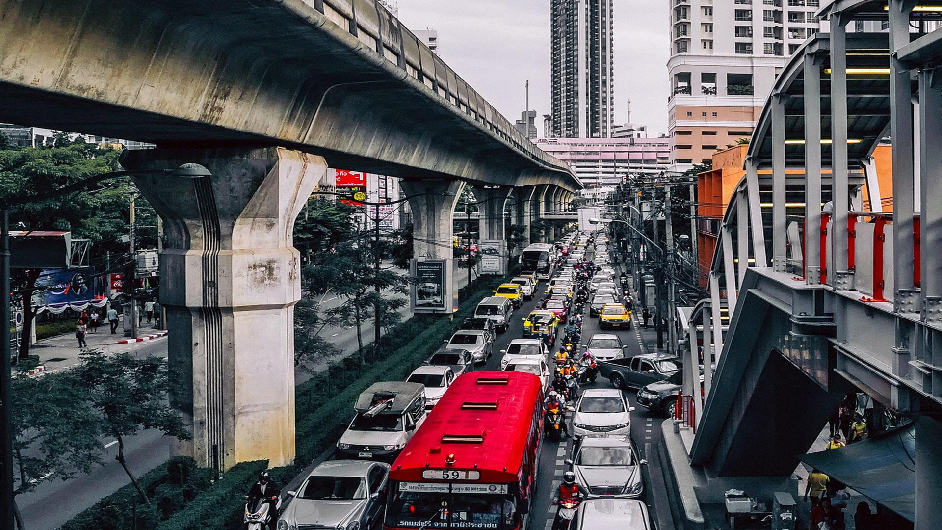 Trânsito das grandes cidades podem comprometer a agilidade na solicitação do seu visto americano.