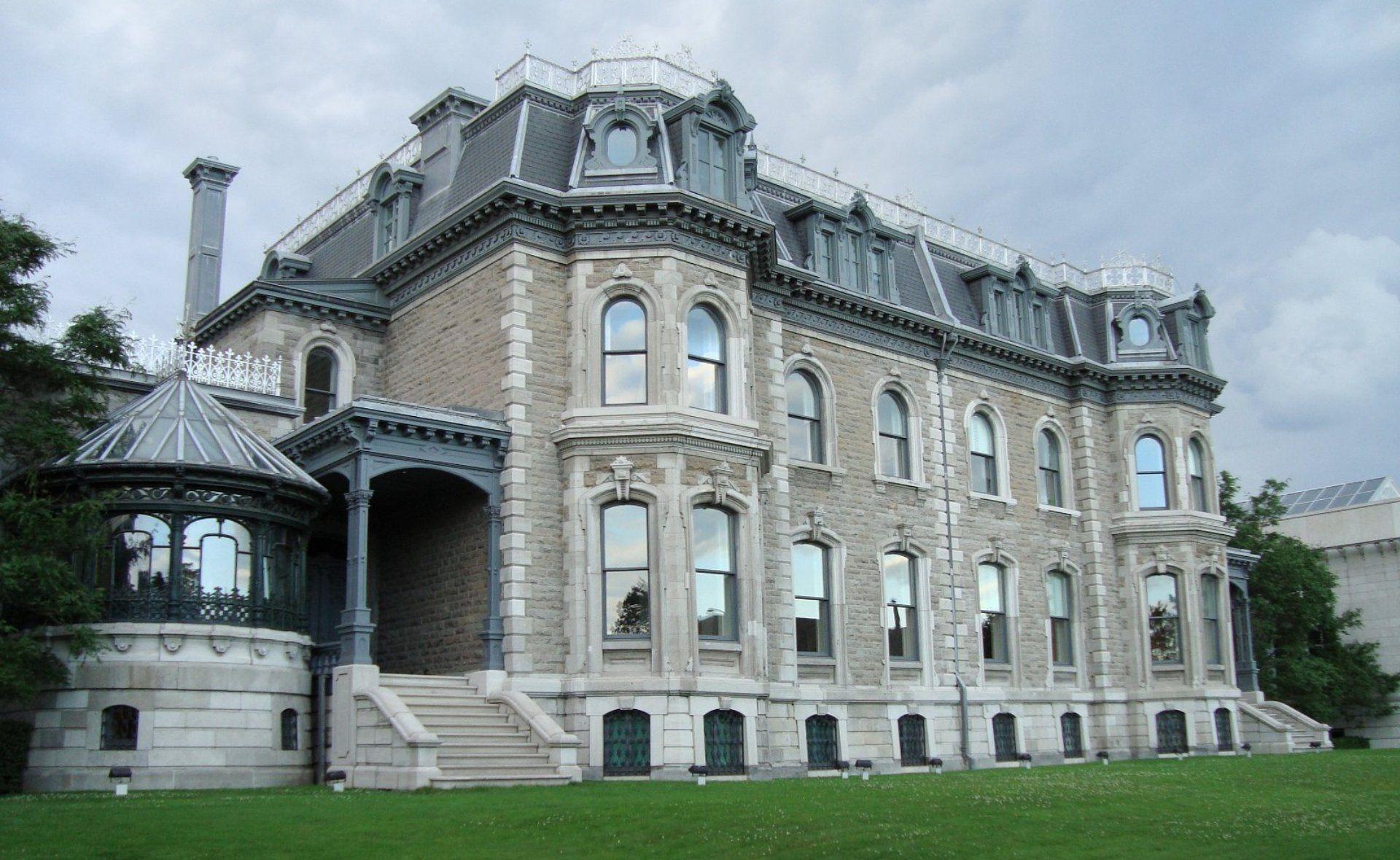 monumento histórico em montreal no canadá