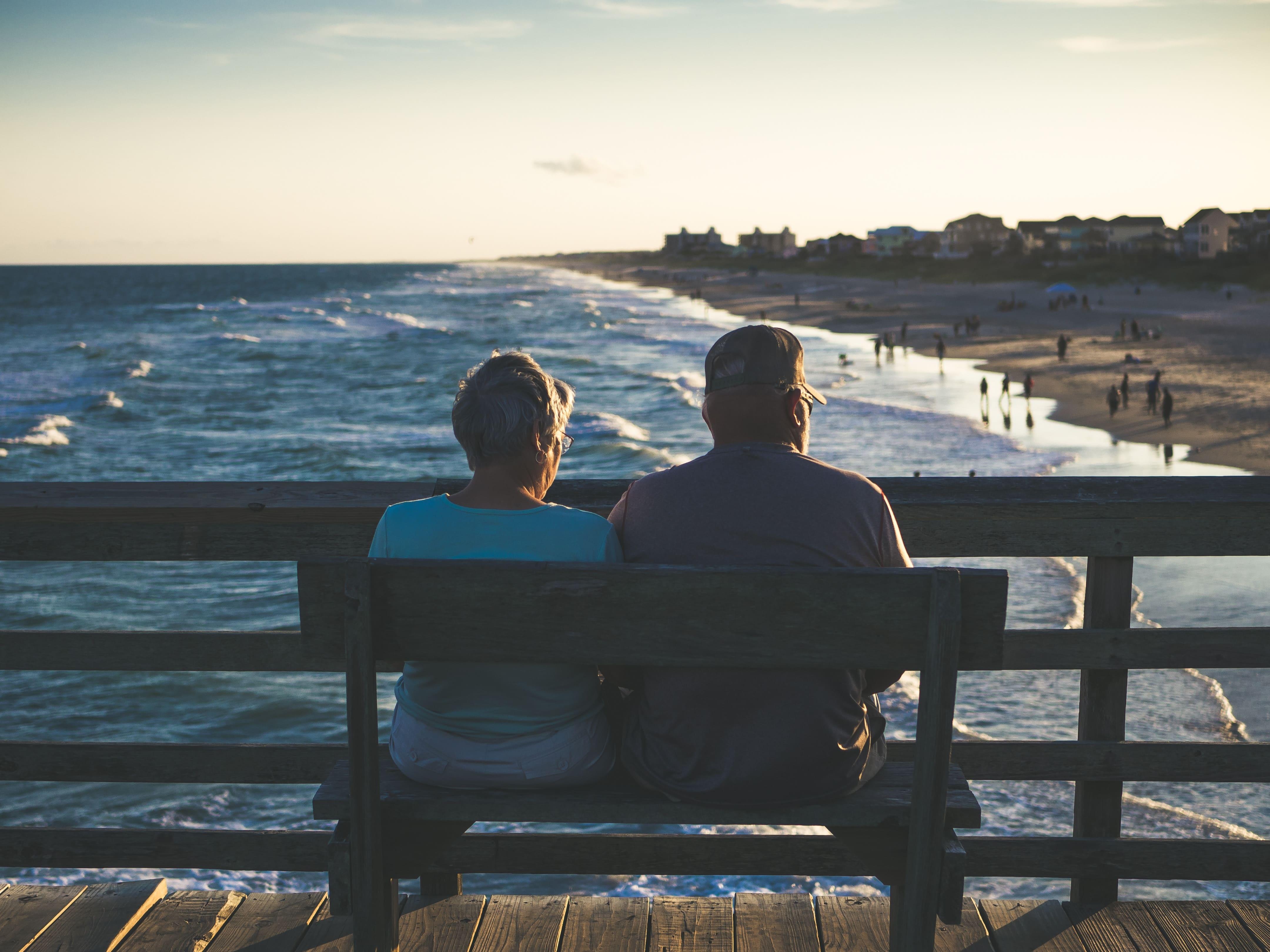casala de aposentados em viagem internacional